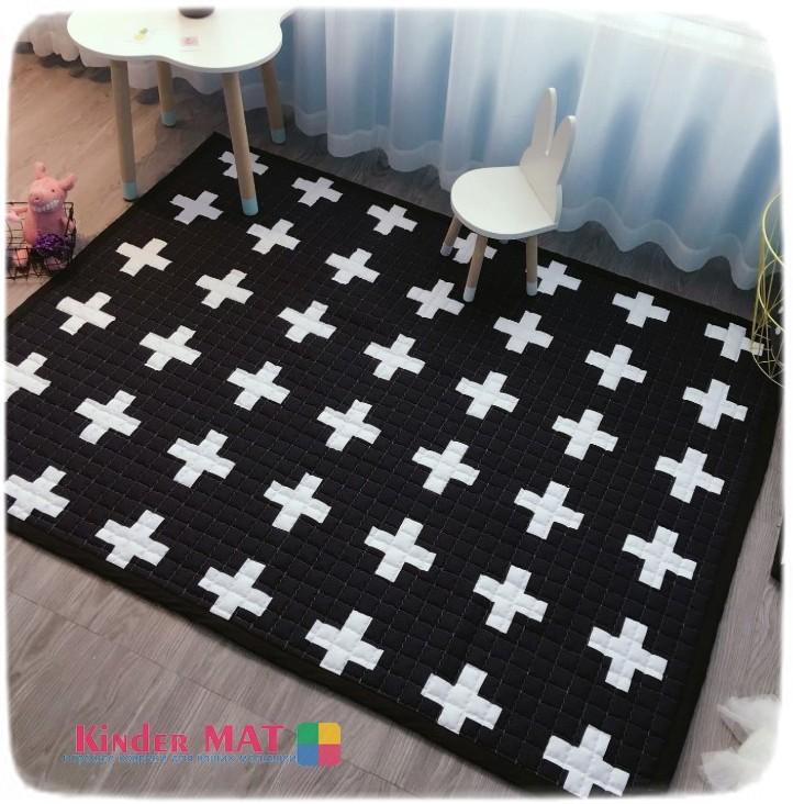 Стёганый коврик «Крестики» — размер 195×145 см.