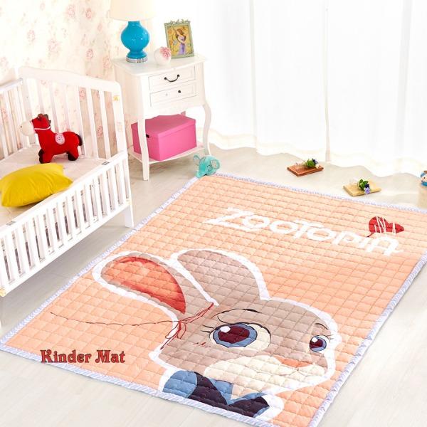 Стёганый коврик «Заяц» — размер 200×150 см.