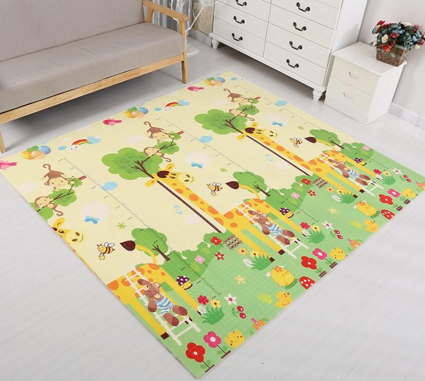 Складной коврик «Жирафы» — размер 180*160*1 см.